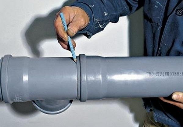 Монтаж систем внутренней канализации